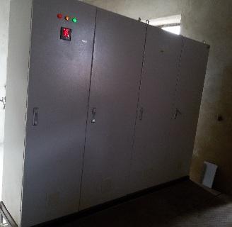 تابلو برق کنترلی دیزل ژنراتور(change over)با برد کنترلی plc دیزل ژنراتورکامپ یا کومپ (comap)ساخت اتحادیه اروپا مدل AMF25 و تابلوی ورودی و توزیع برق شهر و تابلو توزیع برق اضطراری