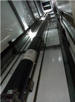 آسانسور هیدرولیک جک از بغل
